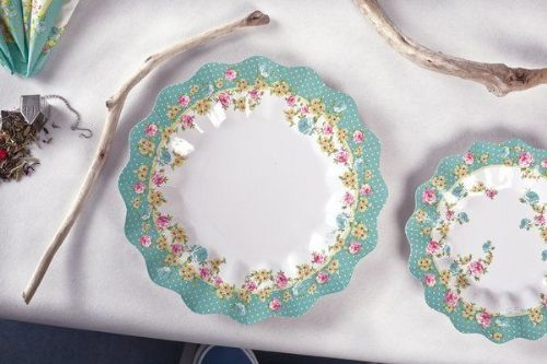 Shabby Chic Plates Card Caravan Camping Glamping BBQ Party Disposable Tableware